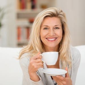 woman_with_coffee